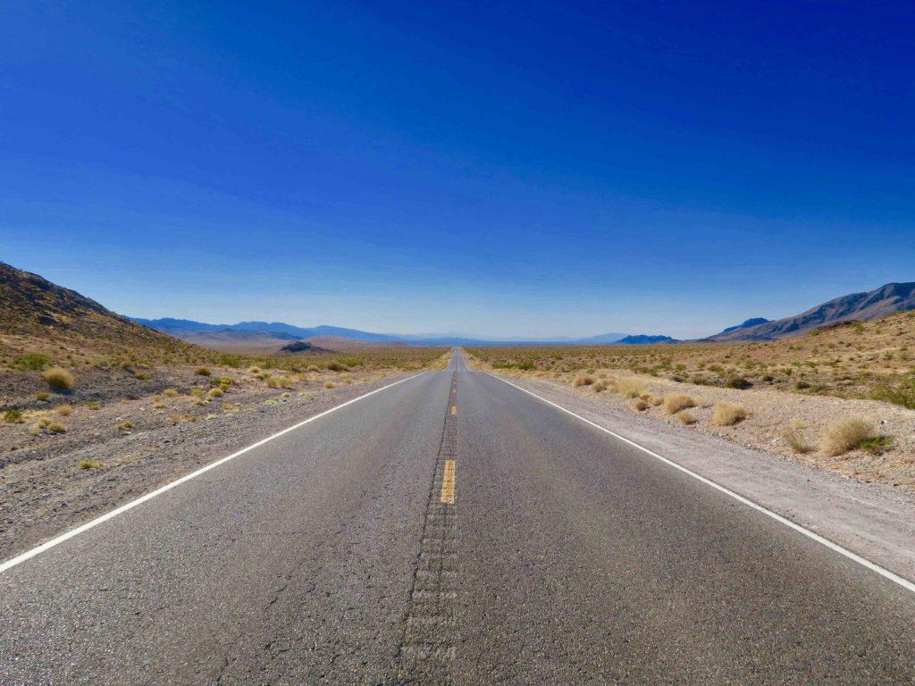 Death Valley entrée par l'est du parc