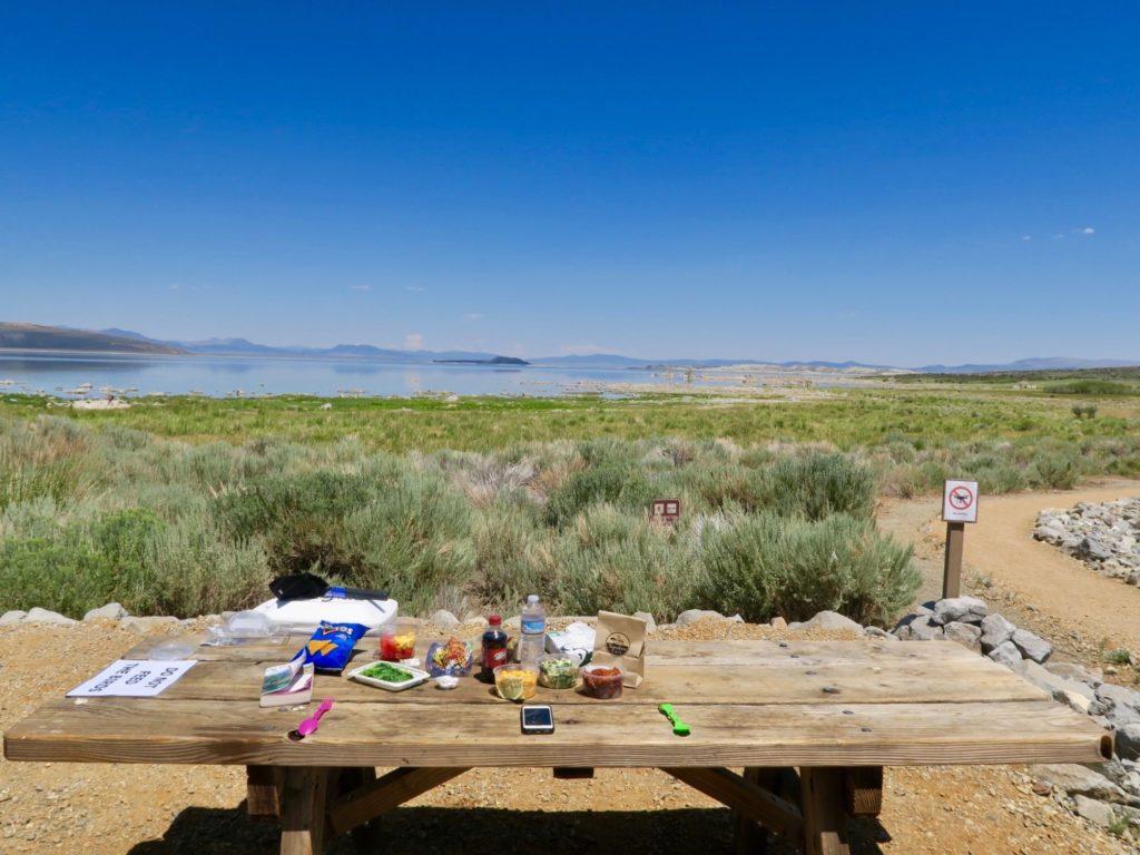 Notre table à diner à Mono Lake